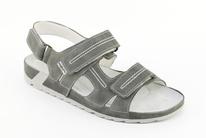 b03c67a998c8 Sandále MAREK